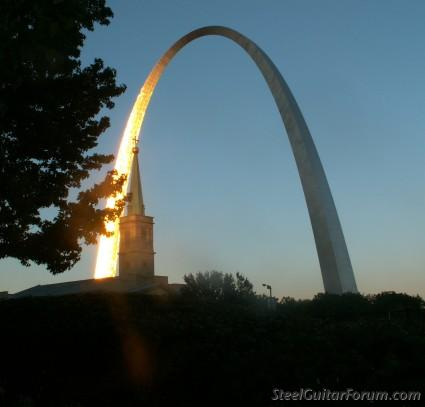 ISGC St Louis 2007 3676_Archcropped_1