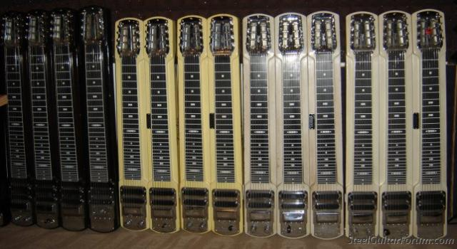Stringmasters ! 4230_StringmasterWall_01_1