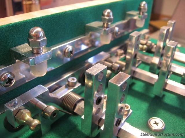 Fabriquer sa psg 2719_Green_Guitar_assembled_007_2