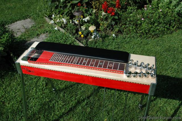 Les Marques de Pedal Steel Guitars 6309_Finished_002red_1