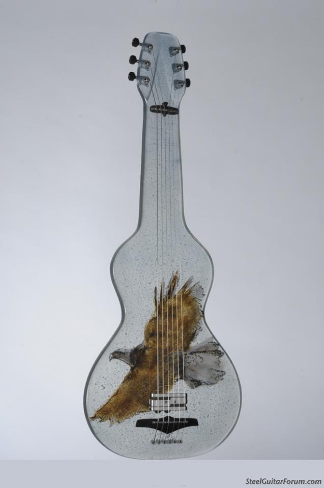 Gallerie de Steels 35_glass_guitar_copy_1