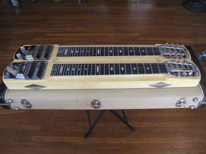 Stringmasters ! 2543_Fender_D21_1