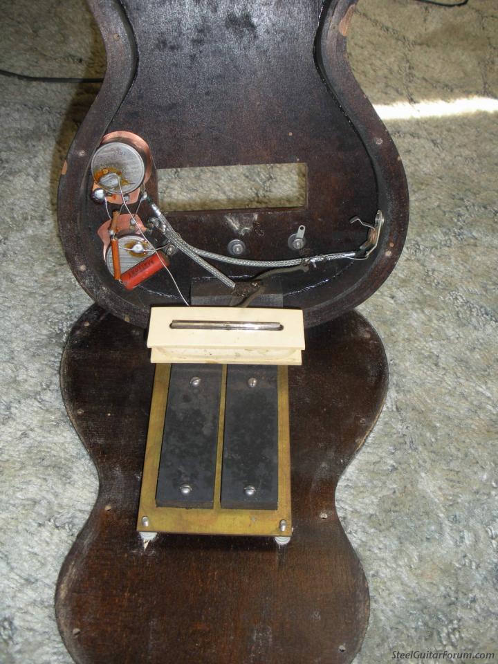 Modeles Gibson lap steel 4737_100_1