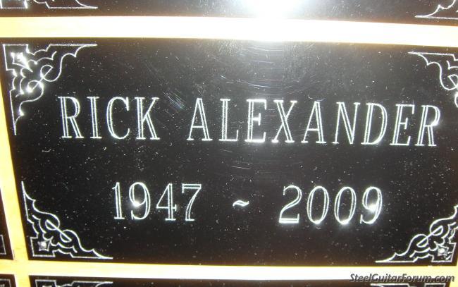 Ustream Georgeboards 547_rick_plaque_1