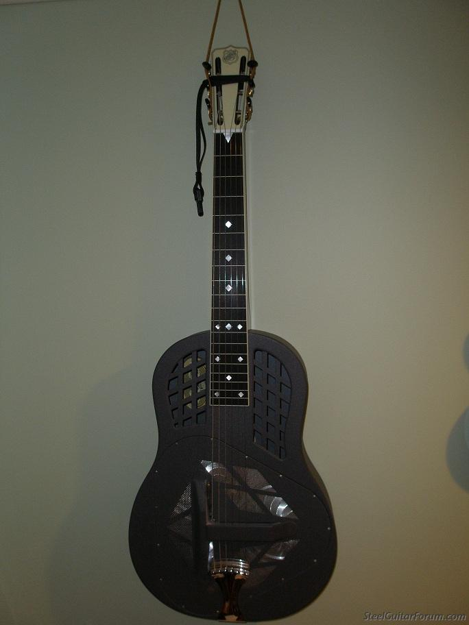 dating national steel guitars The dobro is a single cone resonator guitar that is easily confused at first glace with the single cone national guitars  dating the instrument solely  m=steel.