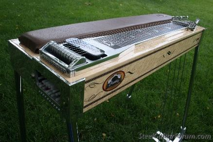 Les Marques de Pedal Steel Guitars 5930_RUSS_4_Changer_Side_Small_1