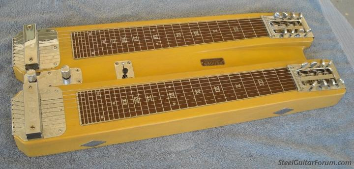 Stringmasters ! 719_FenderDualRM2_1