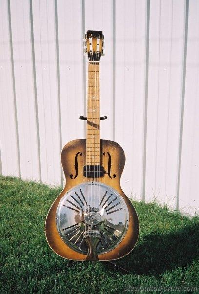 We had consoles and Lap Steels  SHOW US YOUR RESONATORS