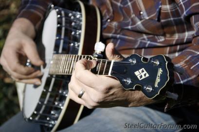 Shot Jackson and his Sho-Bud Guitar Company ! 3639_010_1