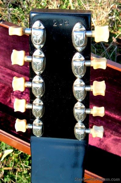 The Alkire Eharp System: A complete Technic and Chord ...