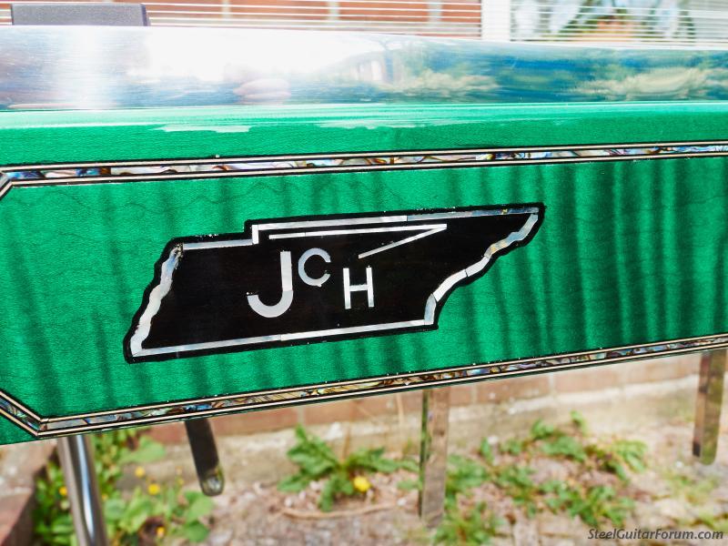 JCH 1748_140415085_1