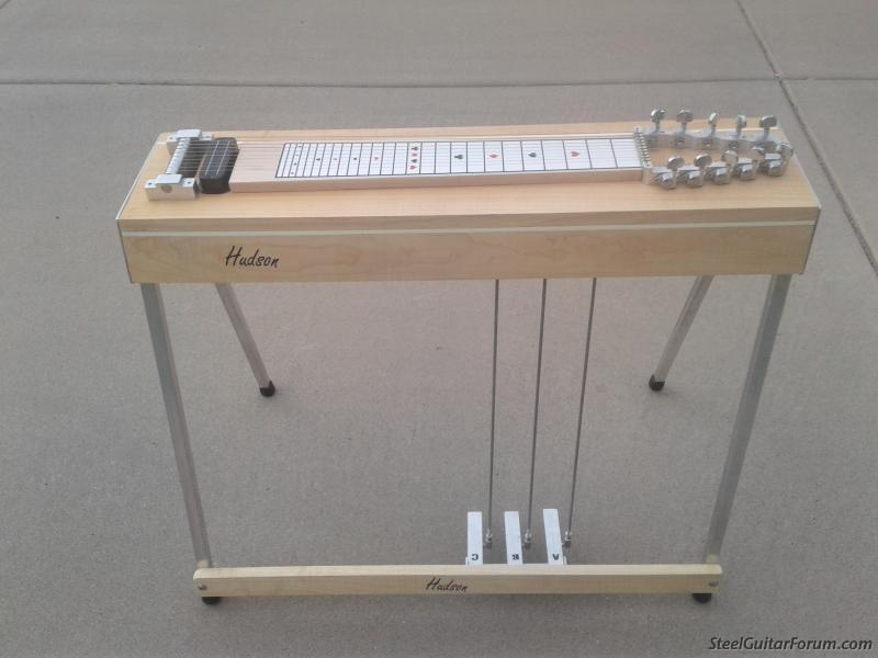 hudson 10 string 3x4 pedal steel with case the steel guitar forum. Black Bedroom Furniture Sets. Home Design Ideas